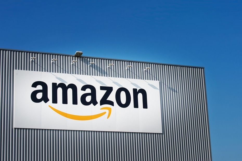 company profile amazon Amazon is located in dallas, texas this organization primarily operates in the business services, nec business / industry within the business services sector amazon is estimated to generate $27,976 in annual revenues, and employs approximately 1 people at this single location.